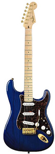 Fender Deluxe™ Players Stratocaster® - Saphire Blue Transparent Maple [0133002327]