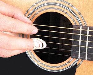 Alaska Pik Finger Guitar Pick - Medium []
