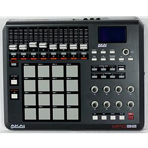 Akai MPD-32 *Store Demo